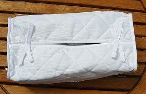 accessoire broder cache boite mouchoirs blanc. Black Bedroom Furniture Sets. Home Design Ideas