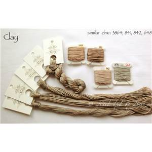 Fil Nina's Threads Clay