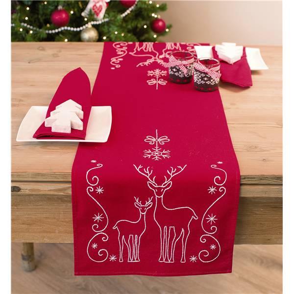 kit de broderie traditionnelle vervaco chemin de table rennes pn 0145591. Black Bedroom Furniture Sets. Home Design Ideas