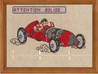 Attention bolide voiture