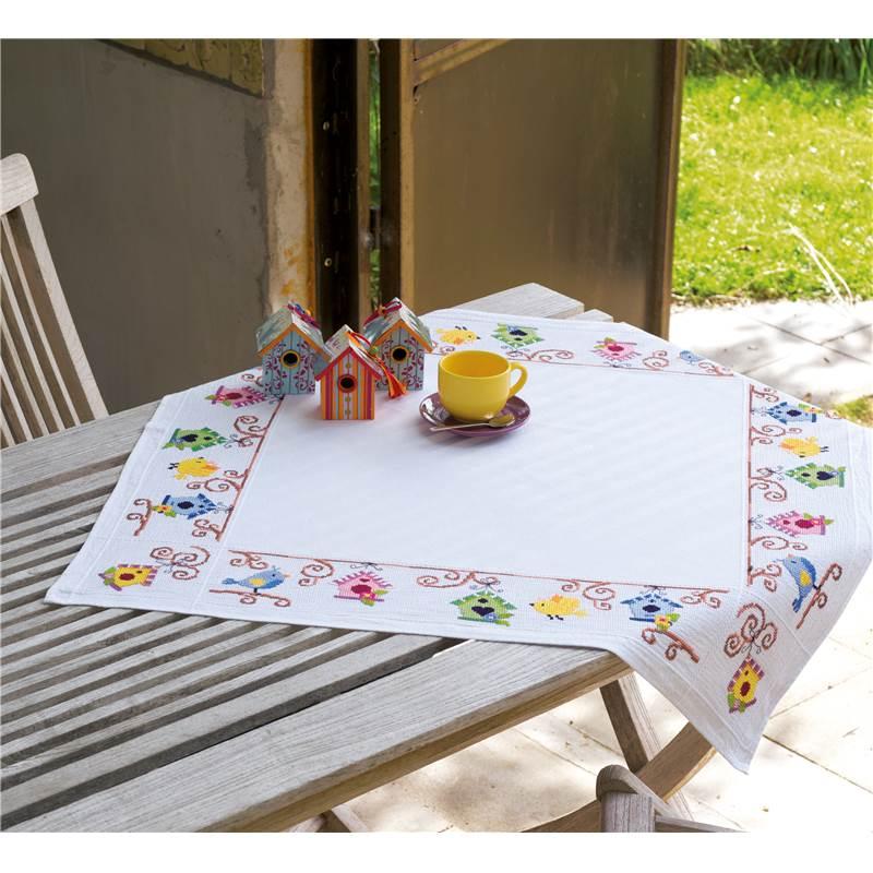 nappe broder en a da oiseaux avec nichoirs vervaco pn 0148593 chez univers broderie. Black Bedroom Furniture Sets. Home Design Ideas