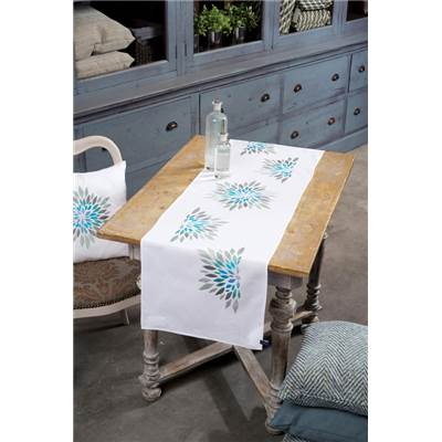 chemin de table broder fleurs modernes vervaco pn 0154580 chez univers broderie. Black Bedroom Furniture Sets. Home Design Ideas