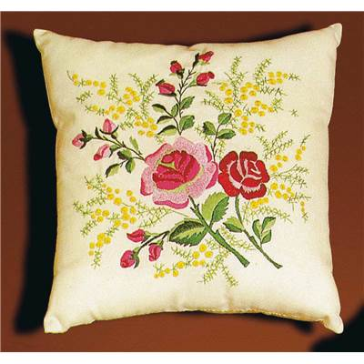 Coussin broderie Roses et Mimosa Princesse